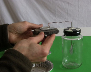 how to make gold leaf electroscope at home