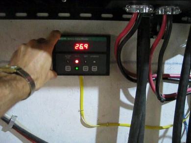 Amp Hour Meter Battery Status Monitor