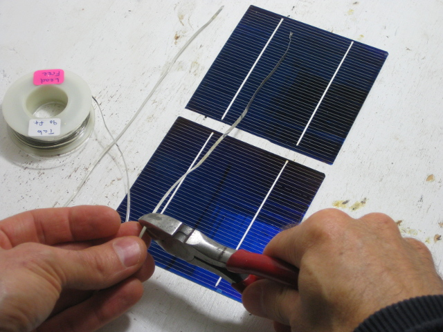 How can you make a homemade solar panel at home