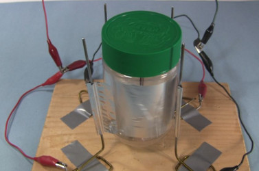 simple to make corona motor a type of electrostatic motor